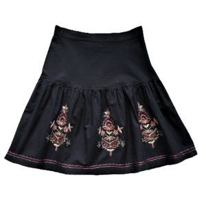 Embroidered black cotton skirt